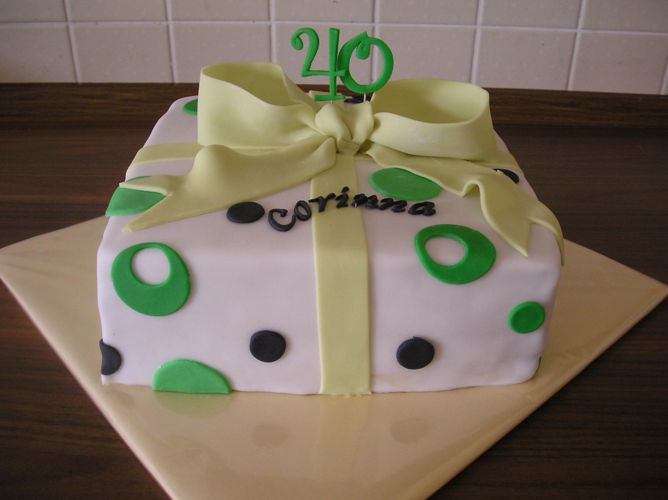 geburtstag erwachsene geschenk torte zum 40 geburtstag. Black Bedroom Furniture Sets. Home Design Ideas