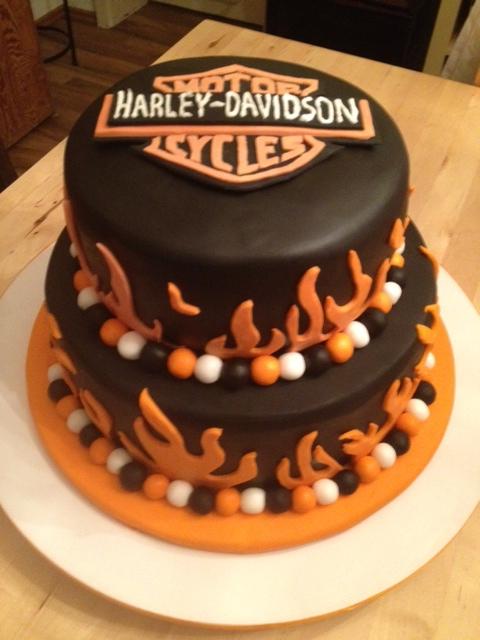 geburtstag erwachsene harley torte zum geburtstag. Black Bedroom Furniture Sets. Home Design Ideas