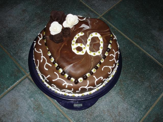 geburtstag erwachsene torte zum 60 geburtstag. Black Bedroom Furniture Sets. Home Design Ideas