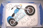 Harley-Torte klein.JPG