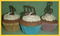 Cupcakes mit Noten.jpg