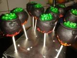 022 Halloween Cakepops.jpg