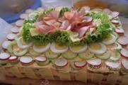 Brottorte Thunfisch-Tomate-Mozzarella-Schinken.jpg