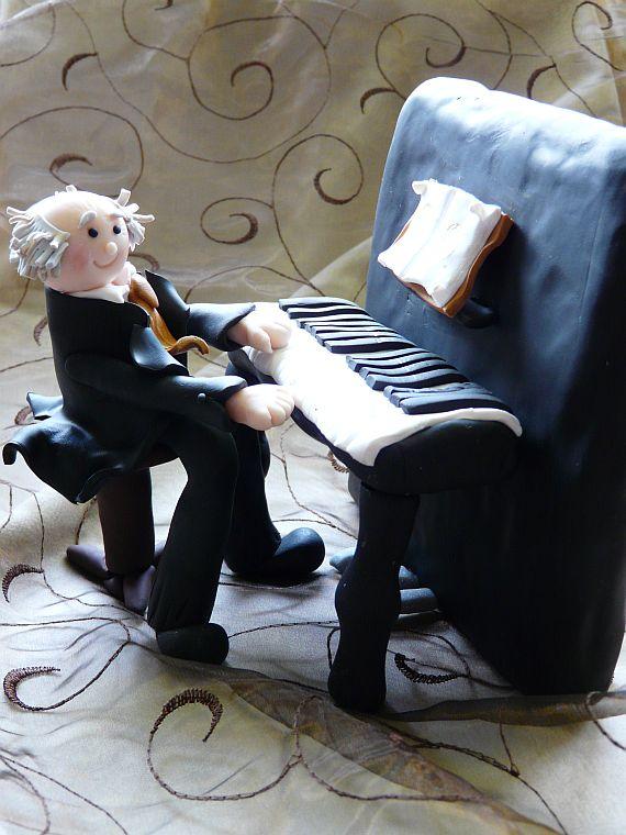 lieber opi am klavier. Black Bedroom Furniture Sets. Home Design Ideas