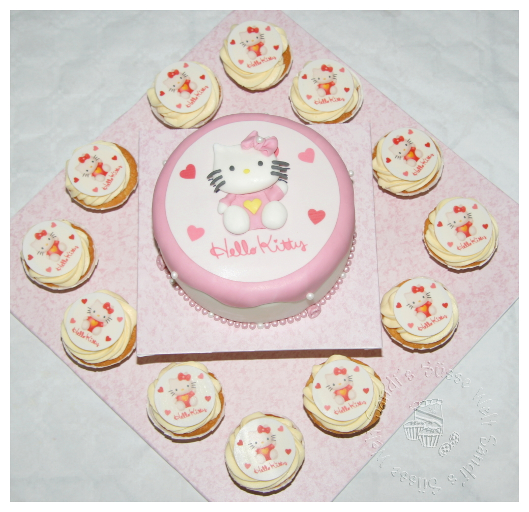 geburtstag kinder torte mit passenden cupcakes zum 3. Black Bedroom Furniture Sets. Home Design Ideas