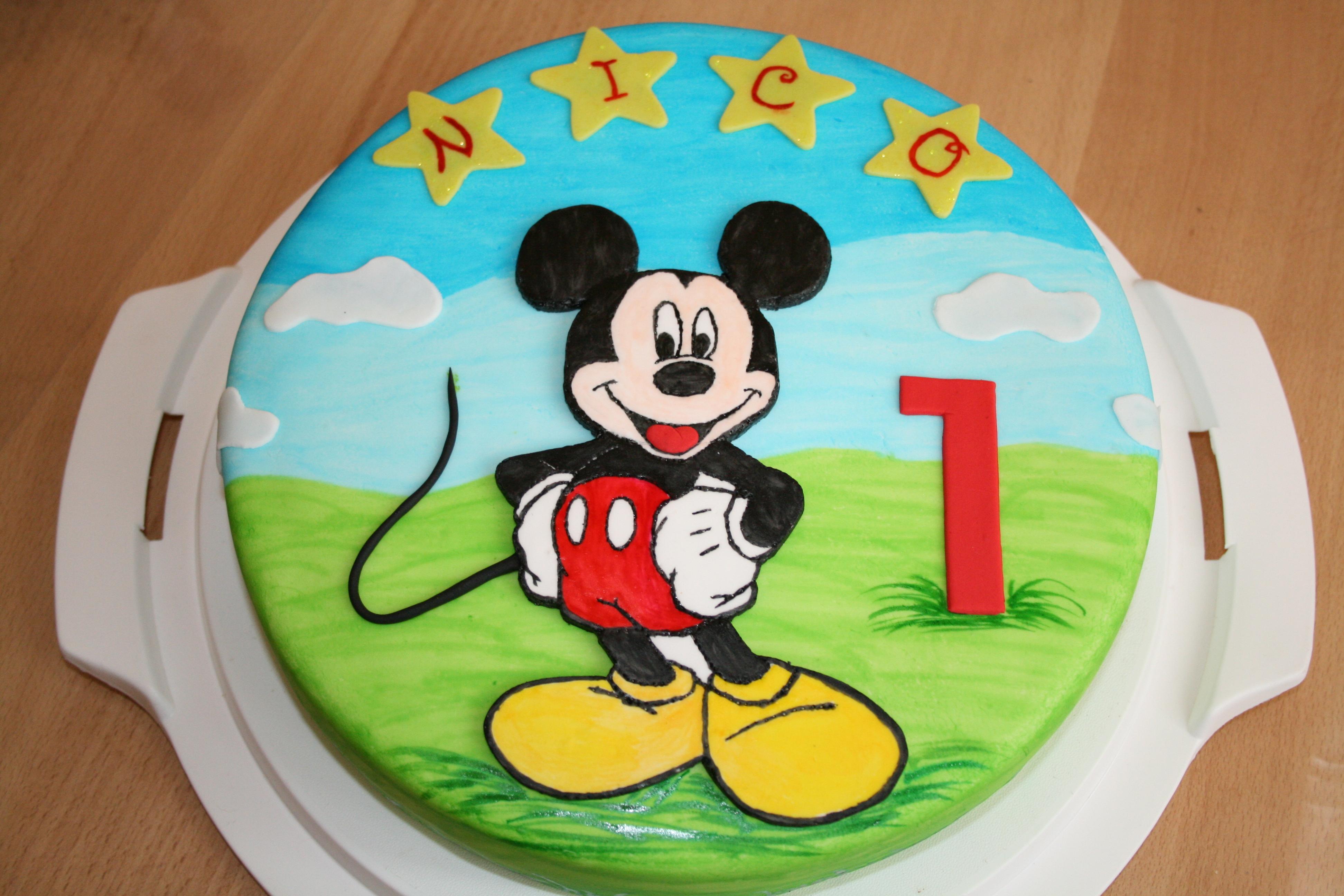 Mickey Clubhouse Invitations for adorable invitation design