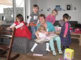 Oma beim Kindergeburtstag 12.3.13.JPG