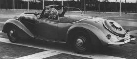 Horch 930 V Roadster Gläser 30 St.jpg