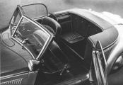 Horch 930 V Roadster Gläser 30 St sitze.jpg