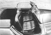 Horch 930 V Roadster Gläser 30 St offen.jpg