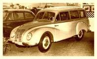ifa f9 kombi salon bruessel 1954 1000.jpg
