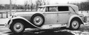 Marmon Eight 1930.jpg