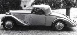 Adler Trumpf 1935 Gläser.jpg