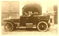 minerva knight karl weinberger 1911-12 1000.jpg