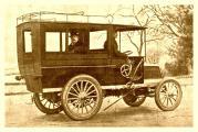 panahrd levassor 12 ps bus 1901 karosserie rothschild 1000.jpg