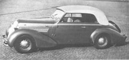 Steyr 220 4 Fenster 1939.jpg