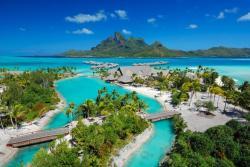 Four-Seasons-Resort-Bora-Bora1.jpg