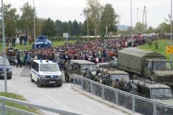 Slovenska_vojska_pri_re?evanju_migrantske_situacije_z_ve?_zmogljivostmi_01.jpg