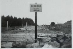 Hinweisschild auf Mienen an der Grenze.JPG