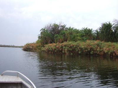k-Guma Lagoon÷©÷MR÷001.JPG